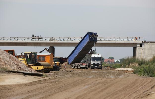 Autostrada A2 nie jest jedyna drogą, na której są opóźnienia /PAP