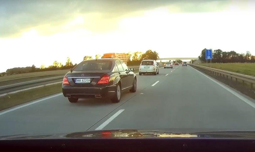 Autostrada A4 - wszyscy chcą jechać lewym pasem /