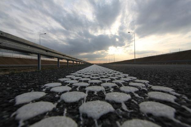 Autostrada jest gotowa, ale nie w całości... / Fot: Łukasz Jóźwiak /Reporter