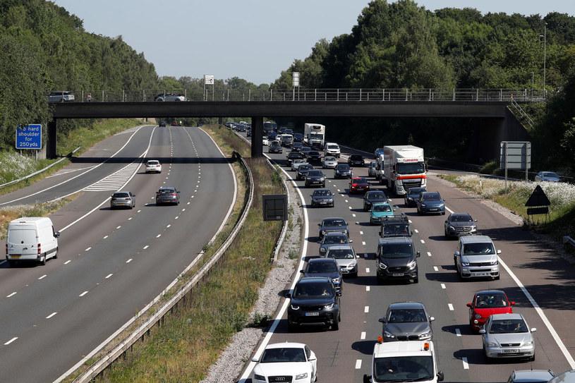 Autostrada w Wielkiej Brytanii, zdj. ilustracyjne /ADRIAN DENNIS /AFP
