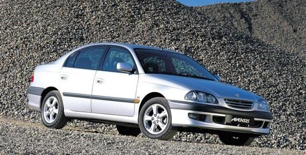 Avensisy mają przeważnie mniejsze przebiegi i są mniej awaryjne /INTERIA.PL