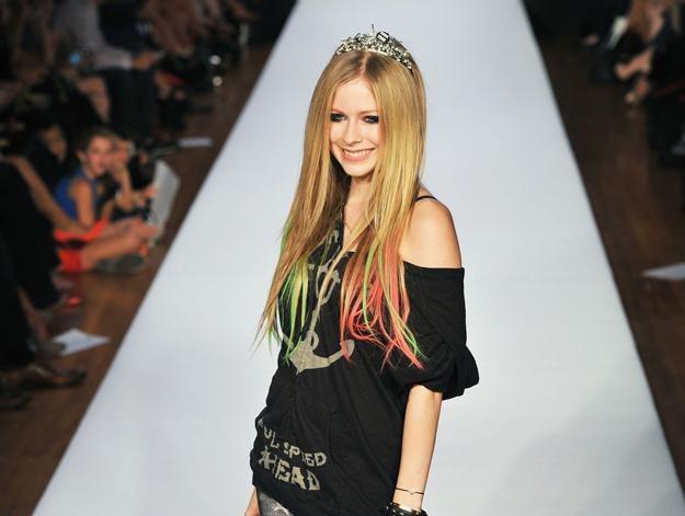 Avril Lavigne na wybiegu, gdzie prezentowała swoją wiosenną kolekcję - fot. Slaven Vlasic /Getty Images/Flash Press Media