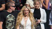 """Avril Lavigne powraca po chorobie. Zobacz teledysk """"Head Above Water"""""""
