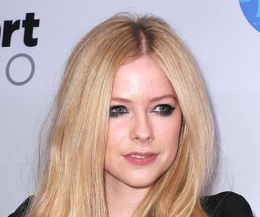 Avril Lavigne spotyka się teraz