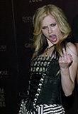 Avril Lavigne próbuje się upodobnić do Courtney Love /AFP