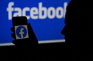 """Awaria Facebooka, Instagrama, WhatsAppa. """"To dopiero początek kłopotów"""""""