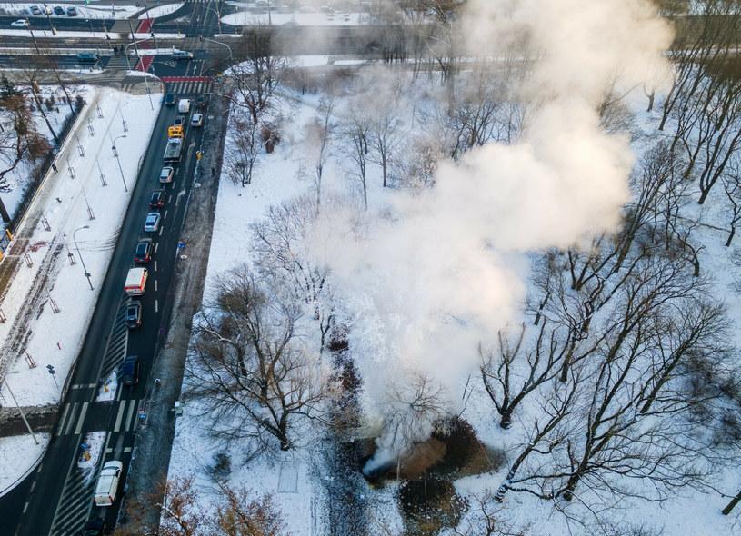 Awaria sieci ciepłowniczej w stolicy; zdj. ilustracyjne /Tomasz Jastrzębowski /Reporter