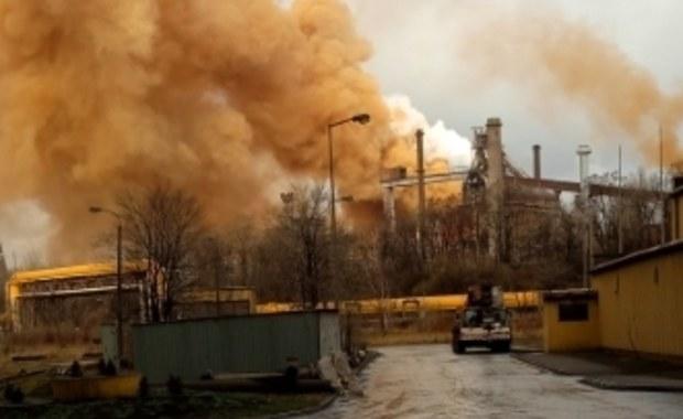 Awaria w hucie w Dąbrowie Górniczej. Kłęby brązowego dymu nad miastem