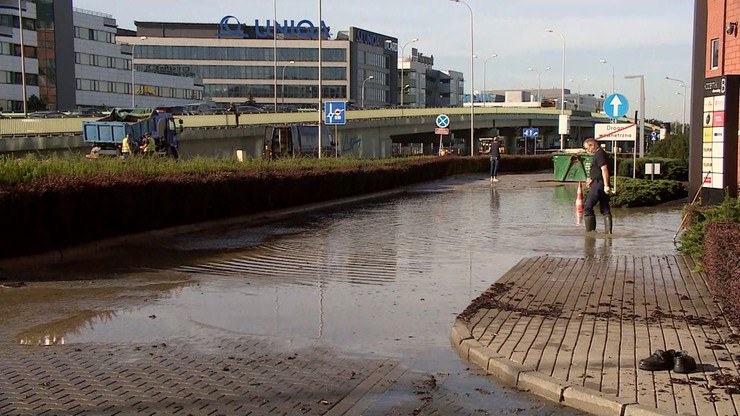 Awaria wodociągu w Warszawie /Polsat News