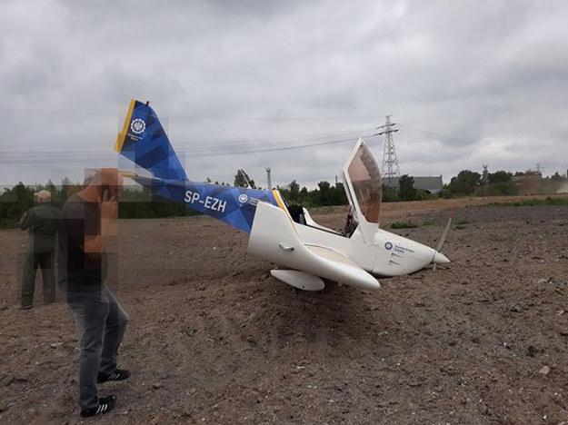 Awaryjne lądowanie samolotu przy trasie DTŚ w Świętochłowicach