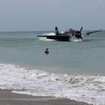 Awaryjne wodowanie przy plaży. Pilot zrobił to niewiarygodnie sprawnie