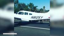 Awionetka wylądowała awaryjnie na autostradzie w Kalifornii