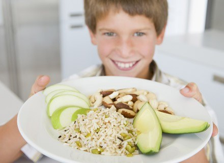 Aż trzy czwarte dzieci poniżej 13. roku życia zadeklarowało, chęć zdrowego odżywiania się /© Panthermedia