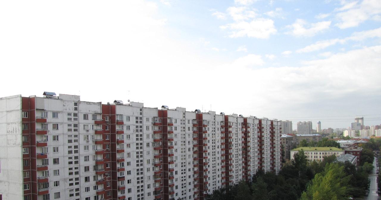 Azbestowe blokowiska w Moskwie