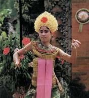 Azja: dziewczyna w stroju indonezyjskim /Encyklopedia Internautica