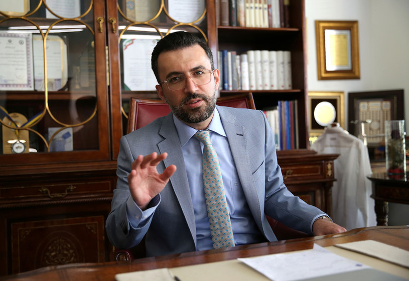 Babak Paknia - obrońca skazanych Irańczyków /AFP