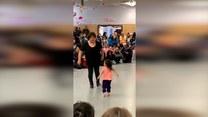 Babcia z wnuczką pokazały co potrafią na parkiecie