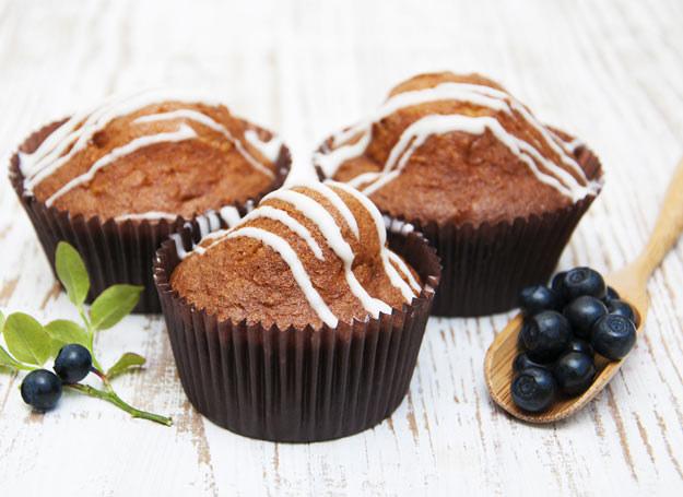 Babeczki z polewą czekoladową /Picsel /123RF/PICSEL