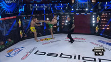 Babilon MMA 21. Piotr Kacprzak - Konrad Furmanek. Skrót walki (POLSAT SPORT). Wideo