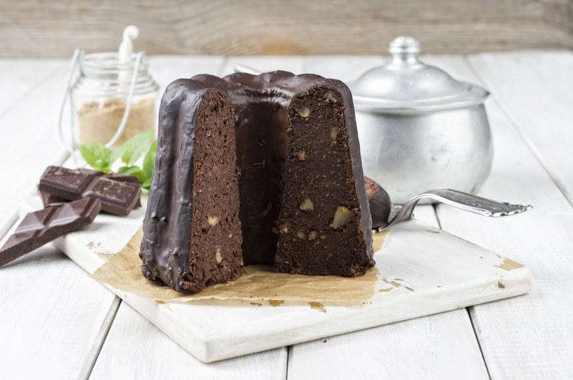 Babka czekoladowa, która zachwyca /123RF/PICSEL