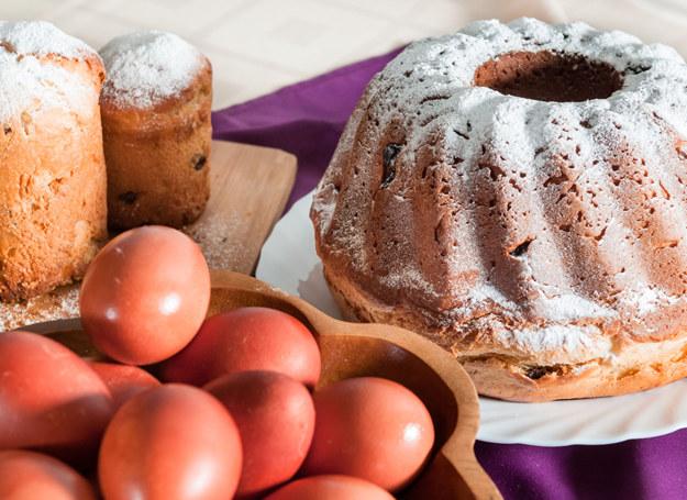 Babka jogurtowa /123RF/PICSEL