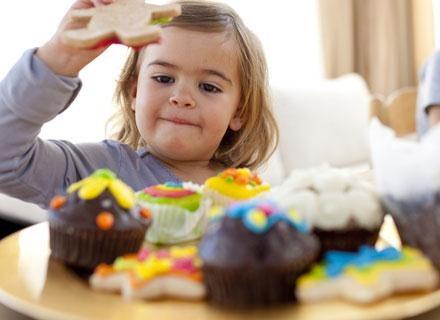 Badania dowodzą, że dzieci dobrze odżywione uczą się szybciej /© Panthermedia