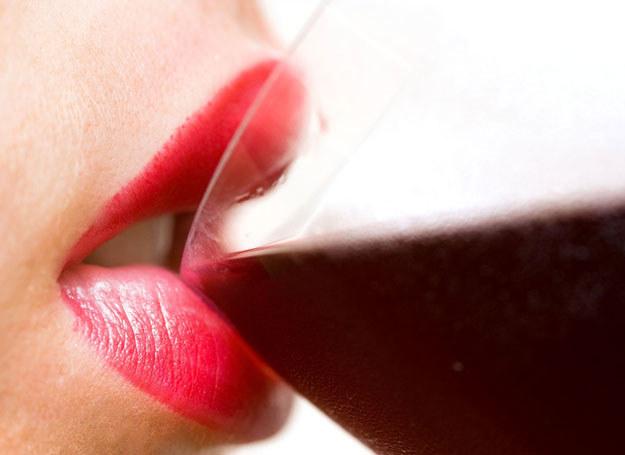 Badania dowodzą, że wino jest bardzo zdrowe /123RF/PICSEL