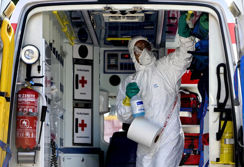Badania o lekach, które mogą chronić przed SARS-CoV-2 przeprowadzono w Hiszpanii /Samuel de Roman /Getty Images