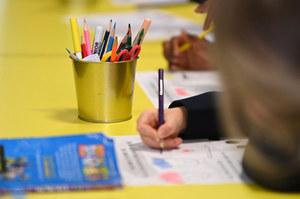 Badanie: 73 proc. uczniów odczuwa stres po powrocie do szkoły