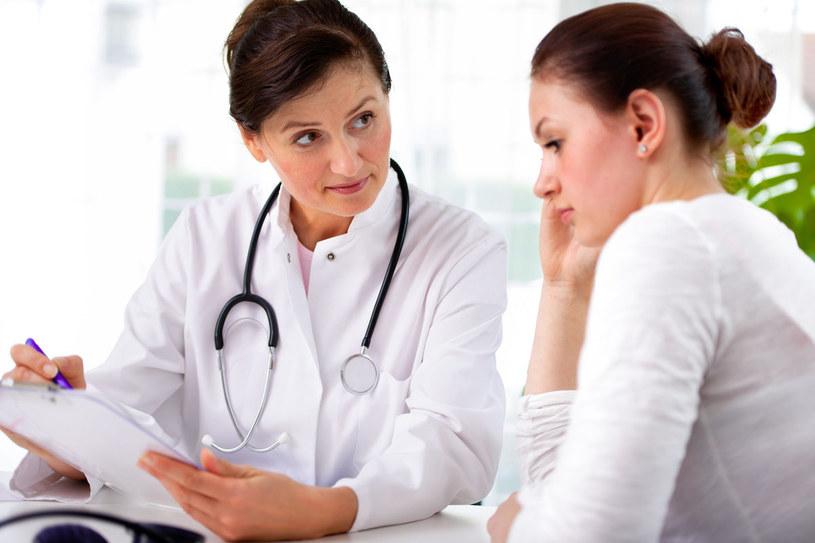 Badanie cytologiczne to jedyny sposób na szybkie wykrycie raka szyjki macicy /123RF/PICSEL