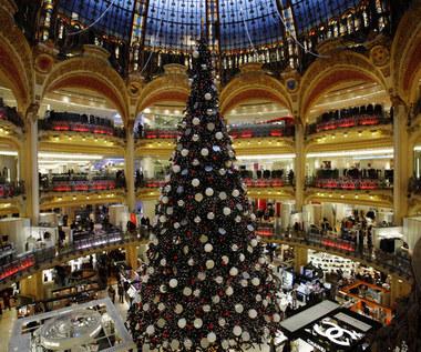 Badanie: Polacy mocno podzieleni w kwestii grudniowego otwierania galerii handlowych