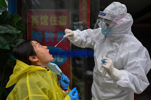 Badanie w Chinach: Koronawirus może ukrywać się głęboko w płucach