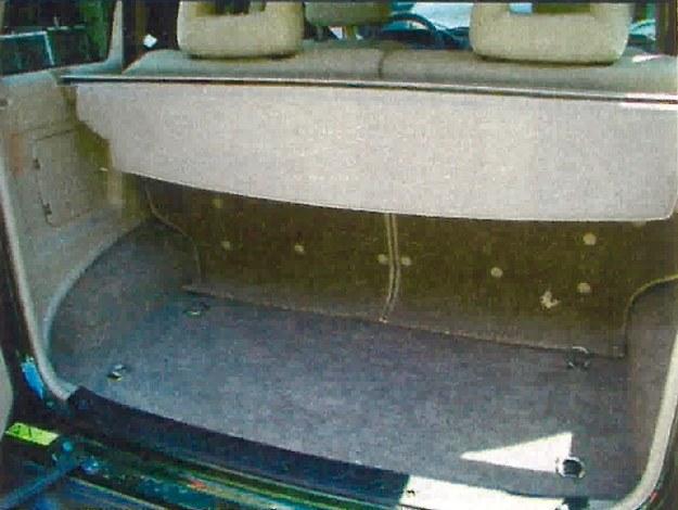 Bagażnik ma pojemność 355 l. Można go powiększyć, składając tylną kanapę podzieloną w stosunku 50:50. /Motor