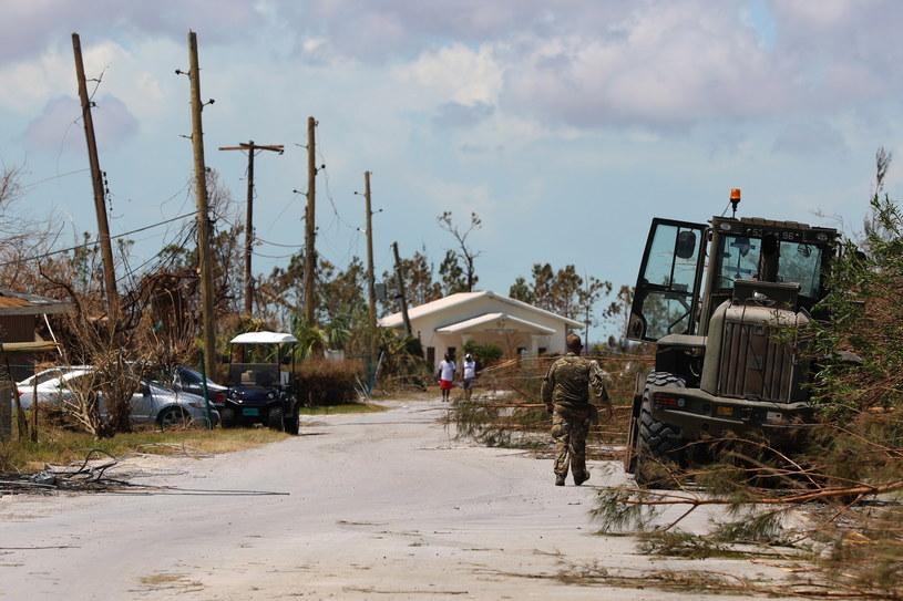 Bahamy po gigantycznym huraganie /LPhot PAUL HALLIWELL/BRITISH MINISTRY OF DEFENCE /PAP/EPA