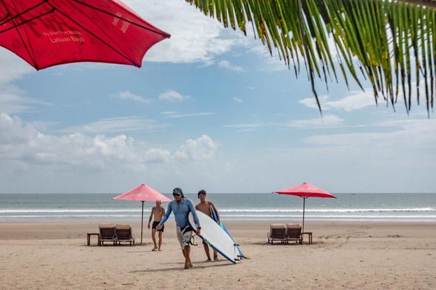 Bali otwiera się na turystów /MADE NAGI    /PAP/EPA