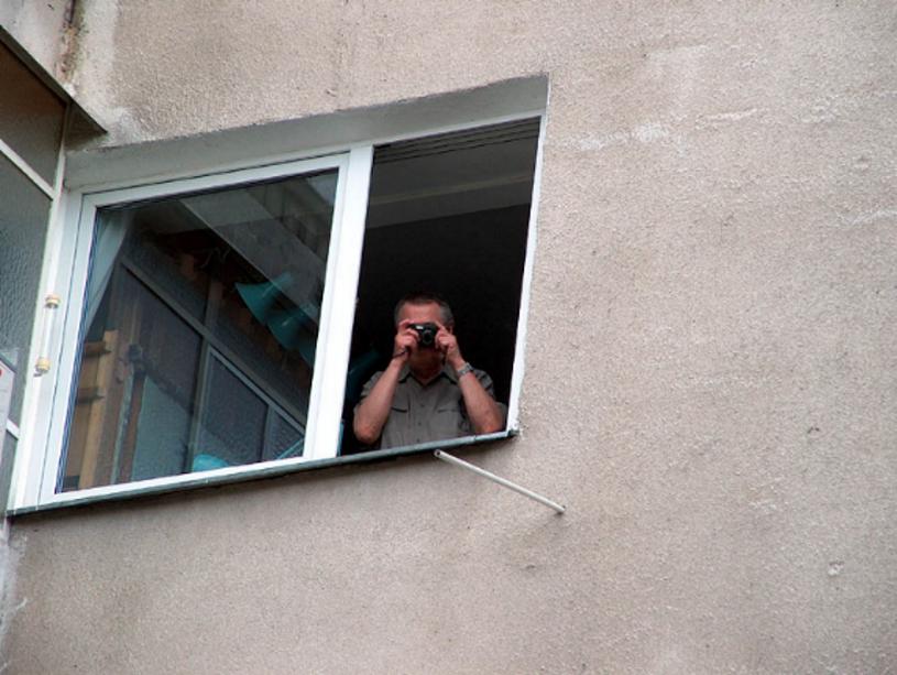 """Banach do Beksińskiego: """"Zabawna wydała mi się sytuacja, kiedy robił Pan zdjęcie z okna (pojedynek, bo ja też zrobiłem)"""" /archiwum prywatne"""