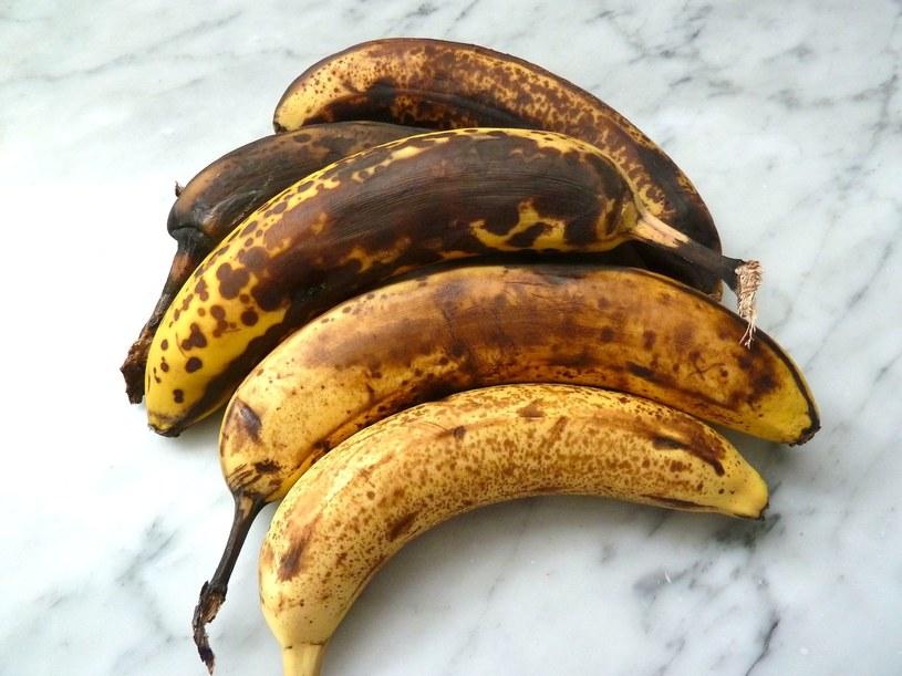banany dojrzałe /© Photogenica