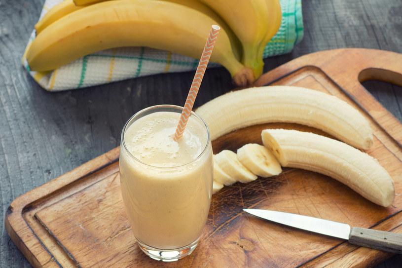 Banany są bogatym źródłem magnezu i potasu /123RF/PICSEL