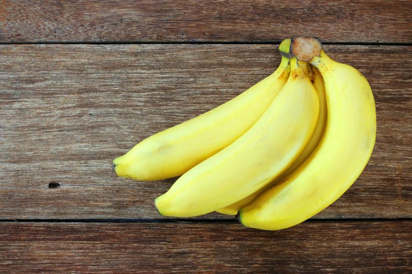 Banany są znane z wysokiej zawartości potasu /123RF/PICSEL