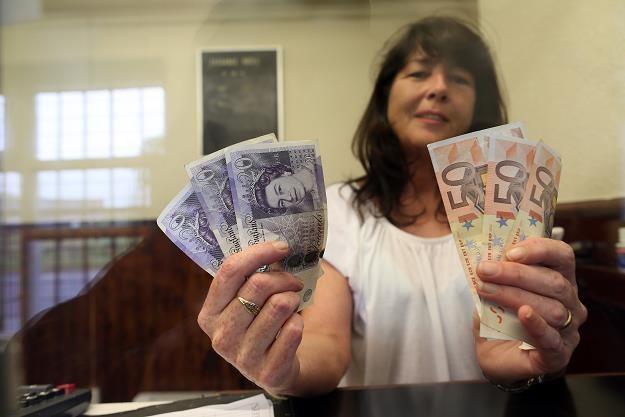 Bank centralny Anglii utrzymał stopy procentowe /AFP