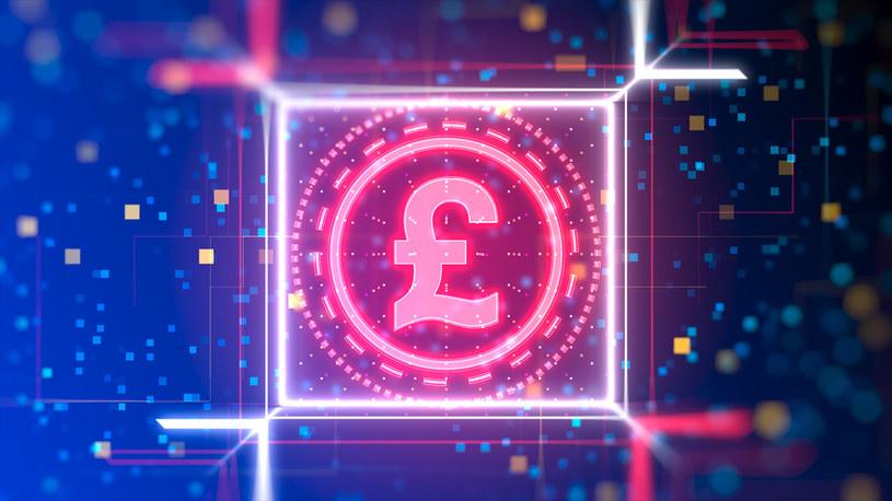Bank of England rozpoczął prace nad britcoinem /123RF/PICSEL
