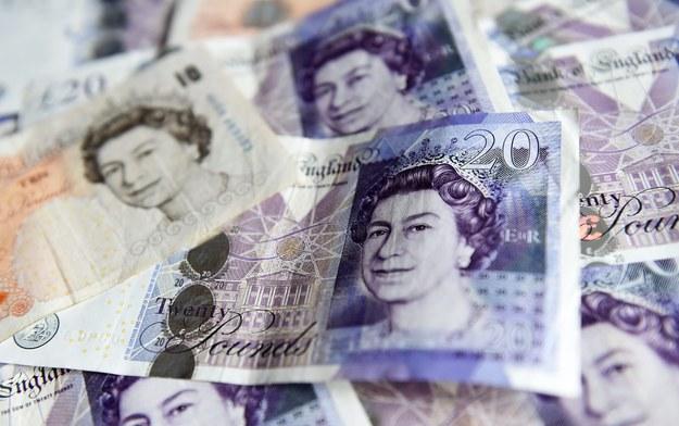 Bank pomagał klientom unikać płacenia podatków