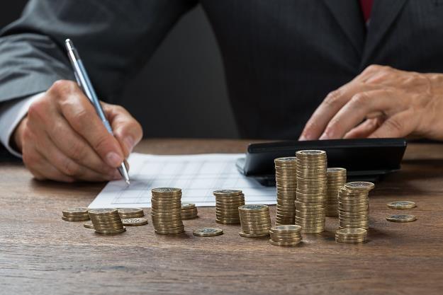 Bank przekaże komornikowi zajęte pieniądze po siedmiu dniach /Gazeta Podatkowa