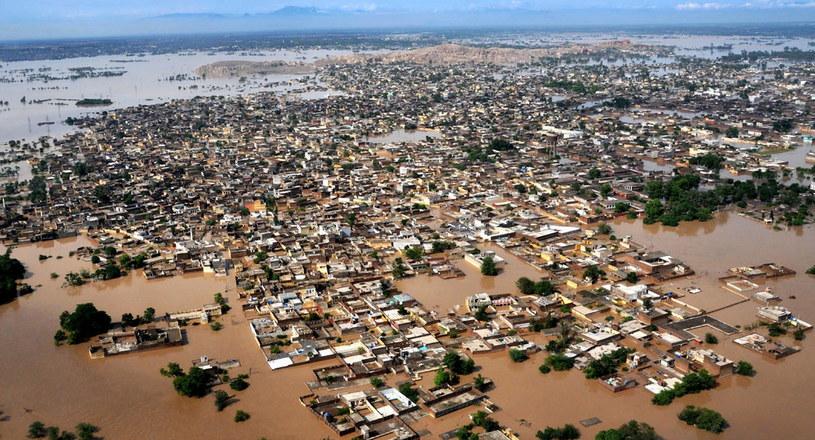 Bank Światowy ostrzega powodziami /AFP