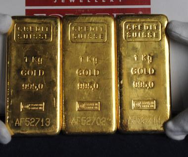 Banki centralne ruszyły na zakupy. Po złoto