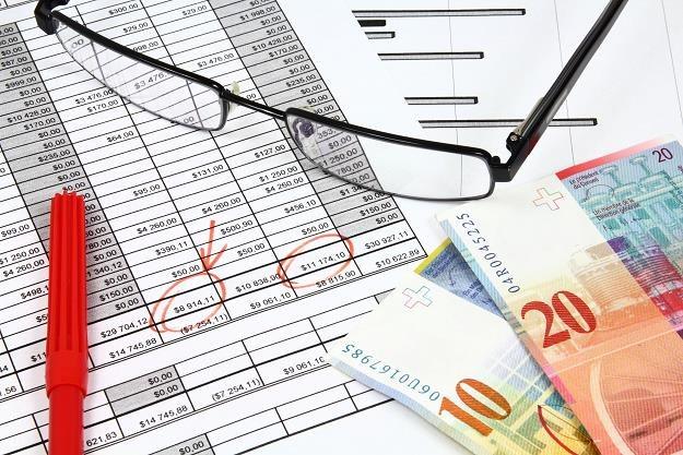 Banki mają w tym roku zarobić 15 mld złotych /©123RF/PICSEL