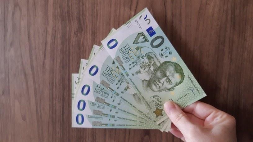 Banknot o nominale 0 euro z podobizną Józefa Gałeczki /Paweł Czado /INTERIA.PL