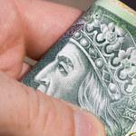 """Banknoty dłużej """"żyją"""" w czasie pandemii"""