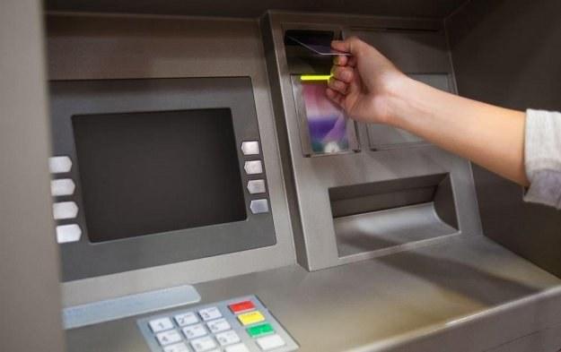Bankomaty są zagrożone, a nasze banki muszą zabezpieczyć się przed potencjalnym atakiem /123RF/PICSEL