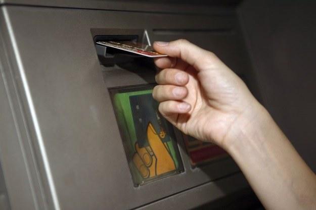 Bankomaty zagrożone. Brak wsparcia dla Windowsa XP ułatwi zadanie cyberprzestępcom? /123RF/PICSEL